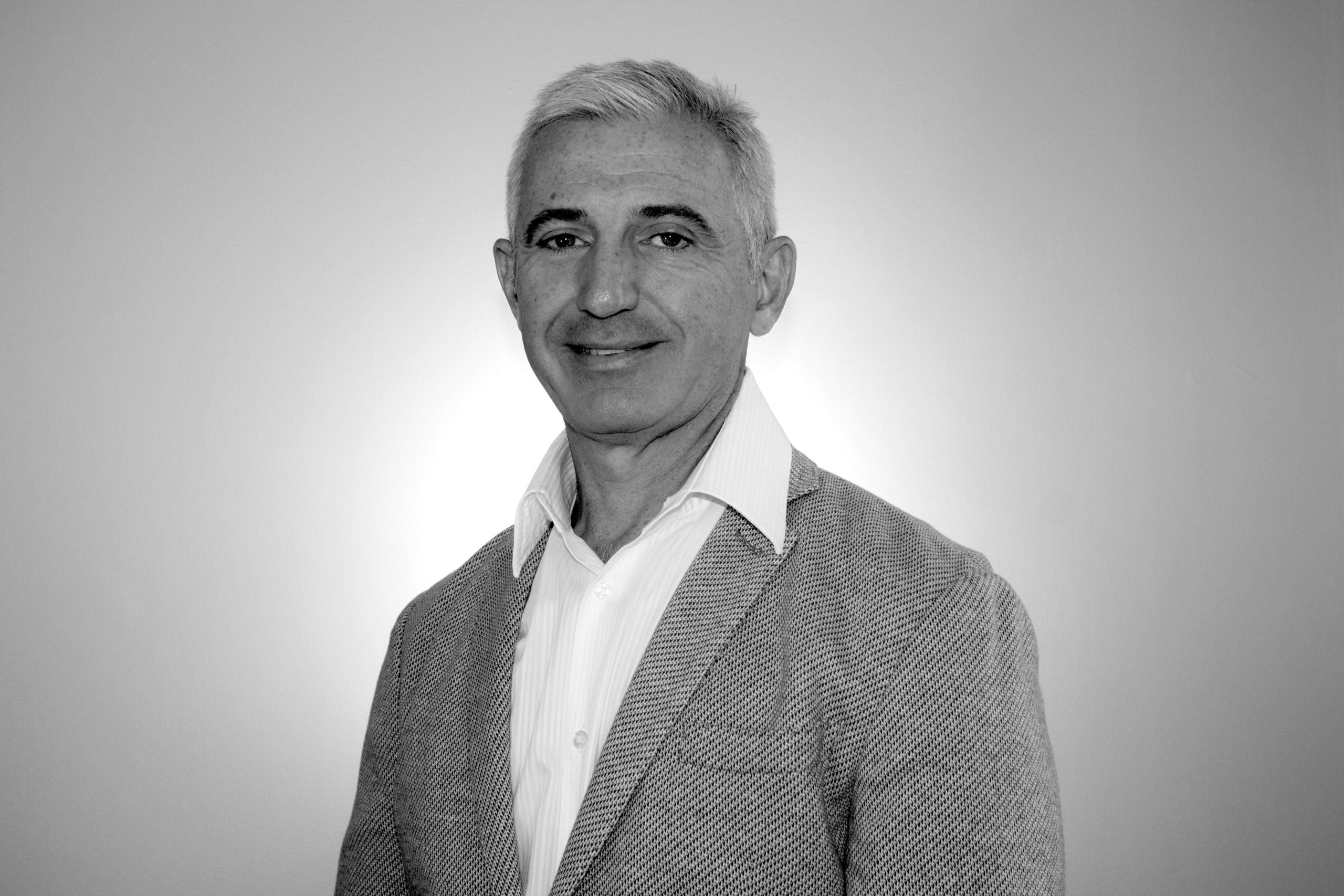 Mario_Tata